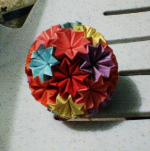 How to Make an Origami Japanese Kusudama Flower - Tutorial ... | 300x296